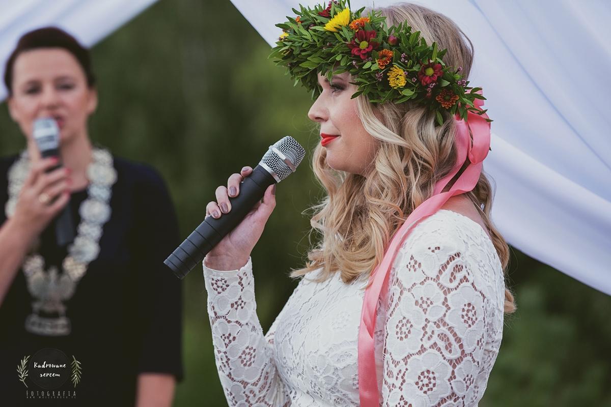 Projekt ślub Boho 9 Fryzura Panny Młodej Marionetka Mody