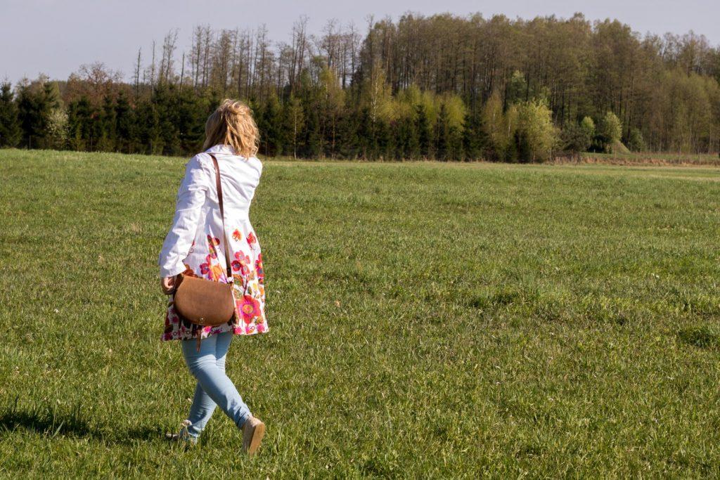 Płaszcz w kwiaty – czyli wiosna pełną parą!